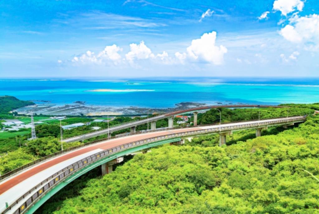 無料の観光地6 ニライカナイ橋